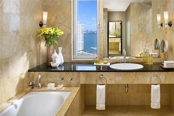 Miami hotel bathroom refinishing dade county